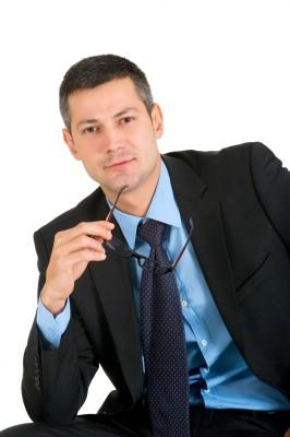 gut gekleideter, selbstbewusster Geschäftsmann